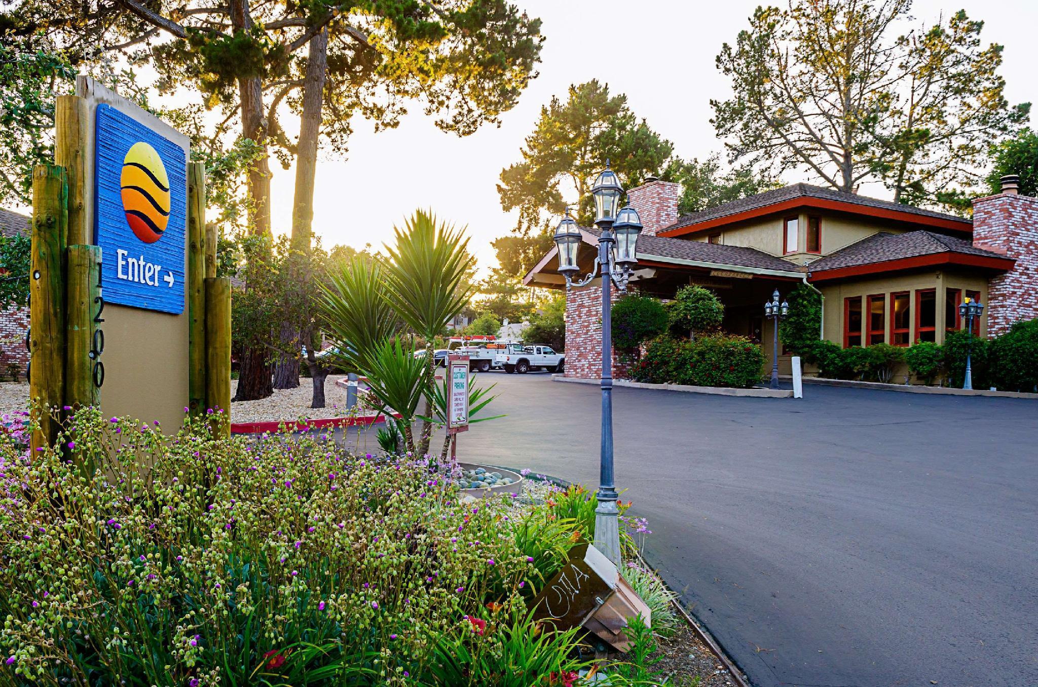 Comfort Inn Monterey Peninsula Airport Hotel