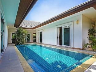 Rossawan Pool Villa