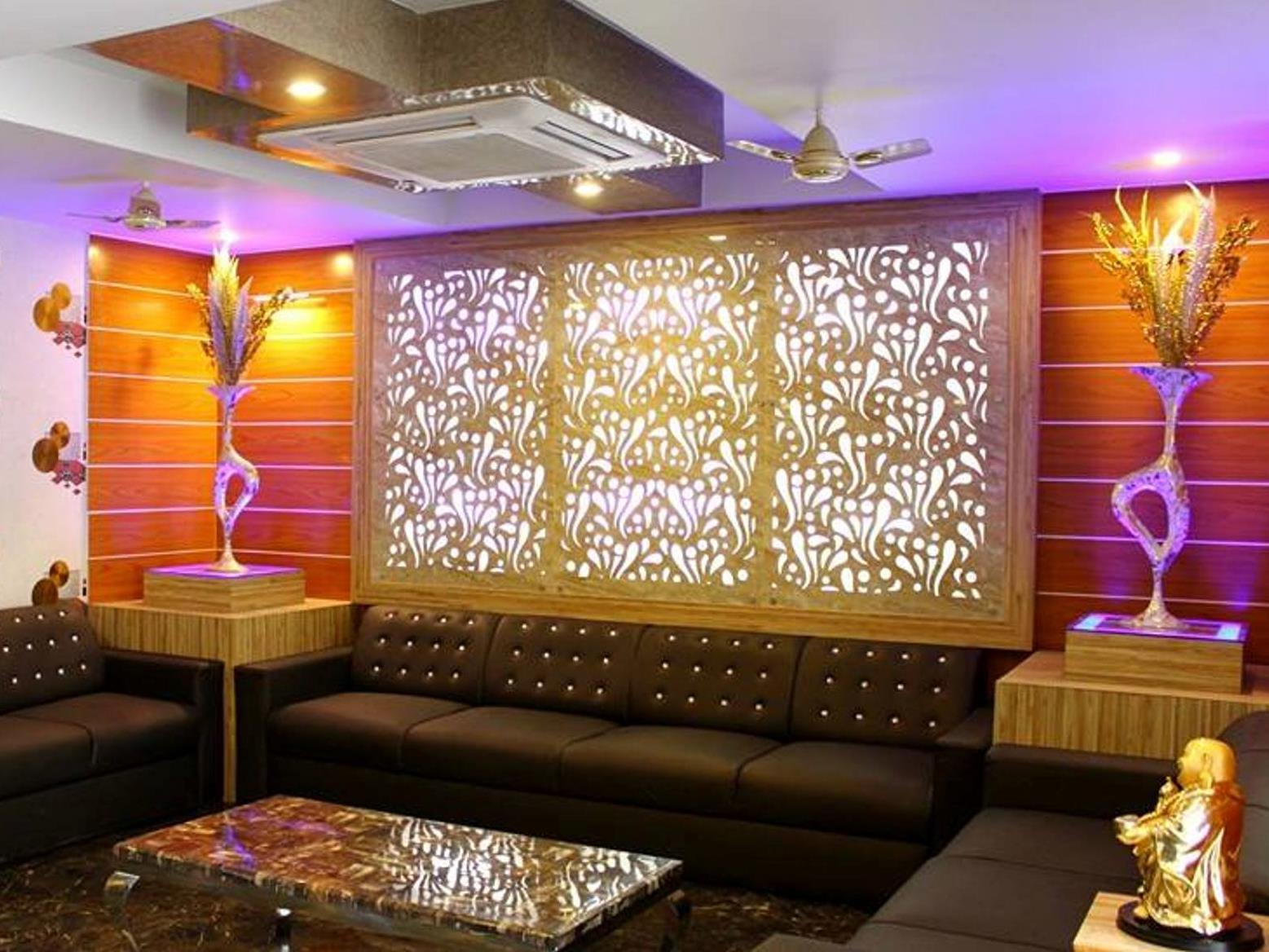Price Hotel SSJ International