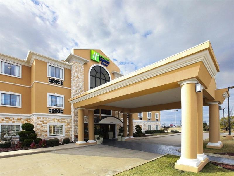 Holiday Inn Express Hotel And Suites Greenville