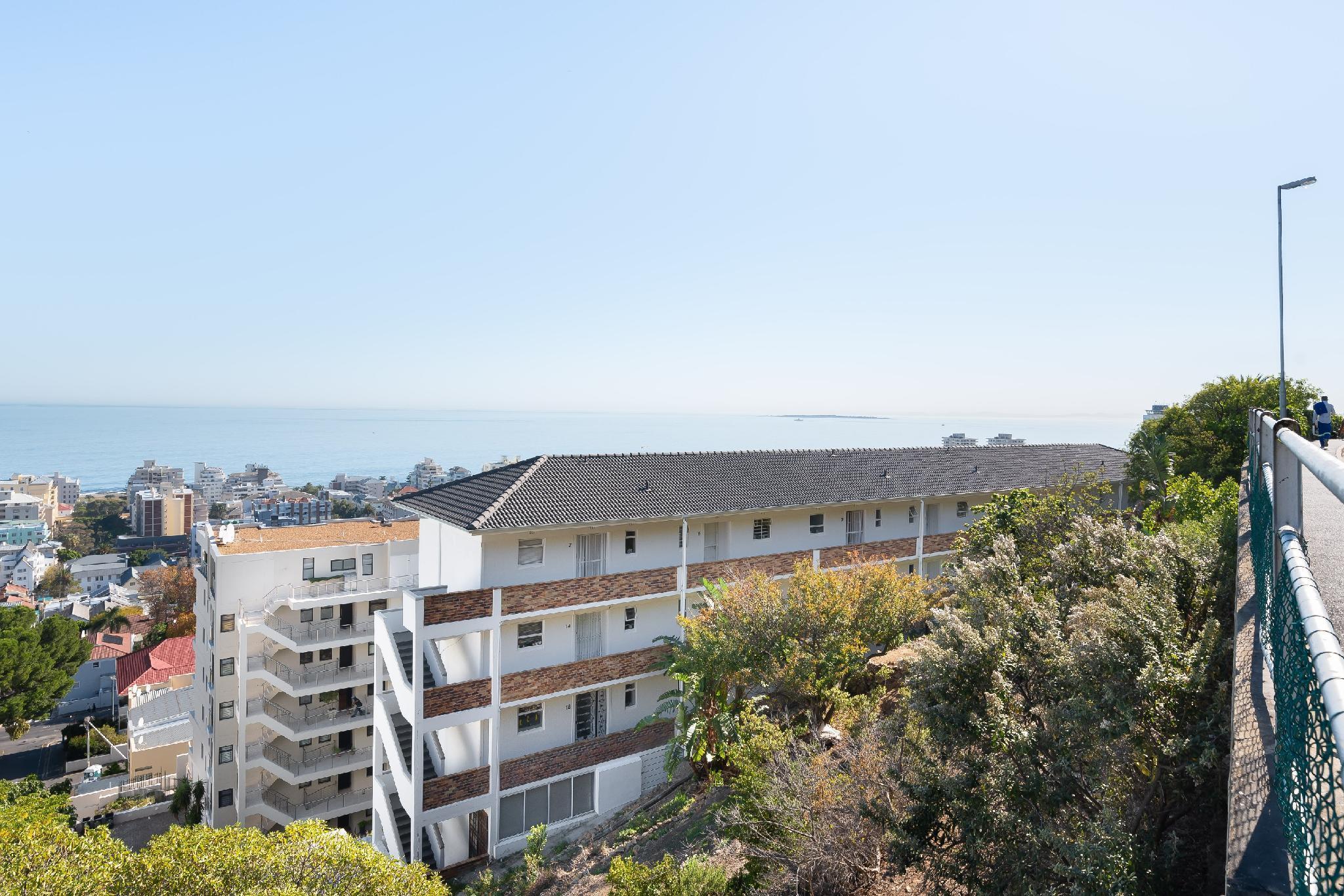 Brilliant Sea View Apartment