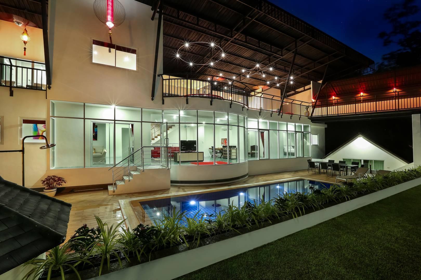 Private Pool Villa for Family 5 bedrooms วิลลา 5 ห้องนอน 6 ห้องน้ำส่วนตัว ขนาด 2000 ตร.ม. – ฉลอง