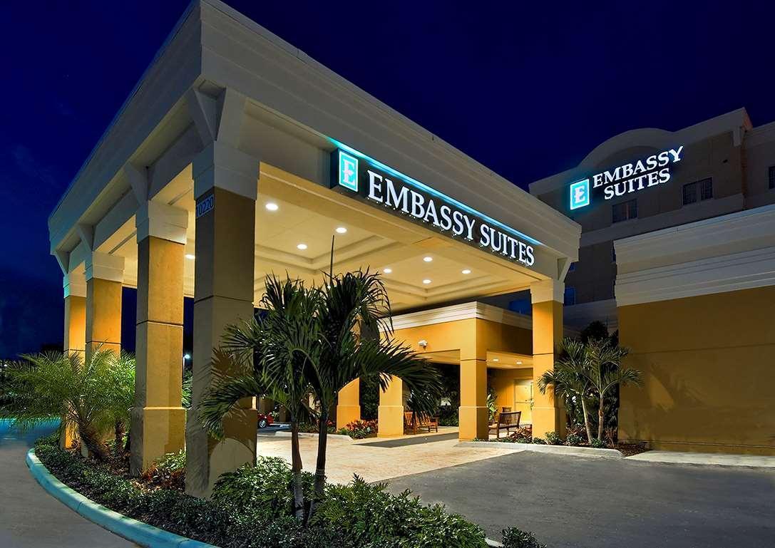 Embassy Suites Tampa   Brandon Hotel