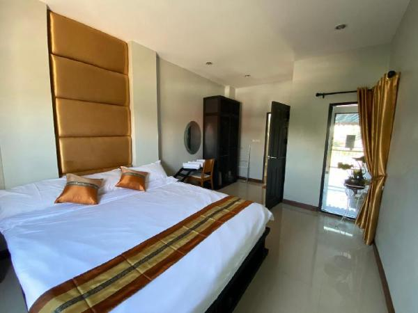 Luxury Suite with pool and Garden in city center Chiang Mai