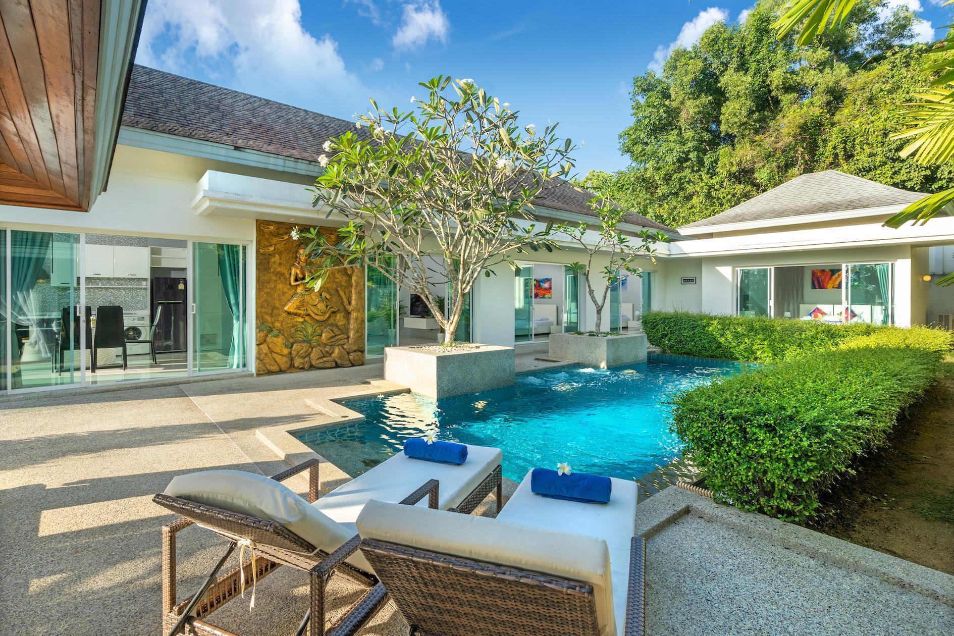 White Dream Private Pool Villa