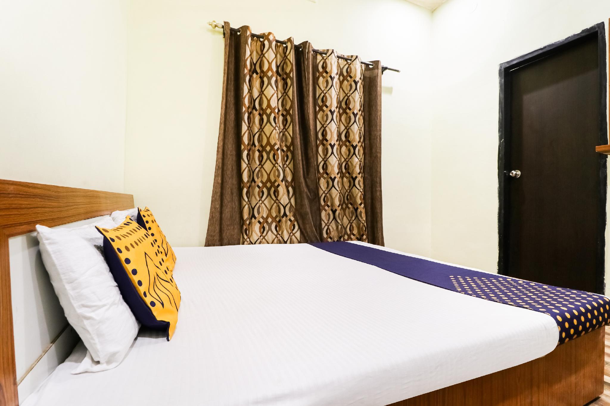 SPOT ON 62824 Hotel Gold Inn