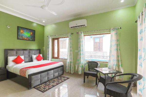 OYO 62671 Elite Homez New Delhi and NCR