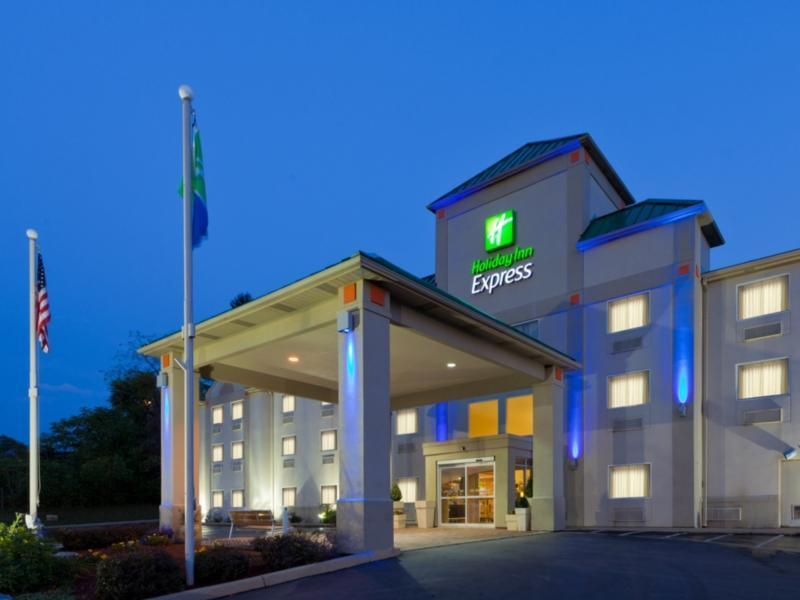 Holiday Inn Express Irwin PA Turnpike Exit 67