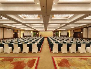 Jin Jiang Tower Hotel Shanghai - Meeting Room