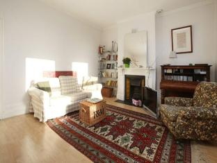 Veeve  2 Bed Maisonette With Studio Mill Lane West Hampstead