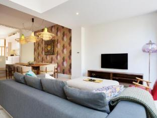 Veeve  Beautiful 4 Bed 4 Bath House Kersley Street Battersea