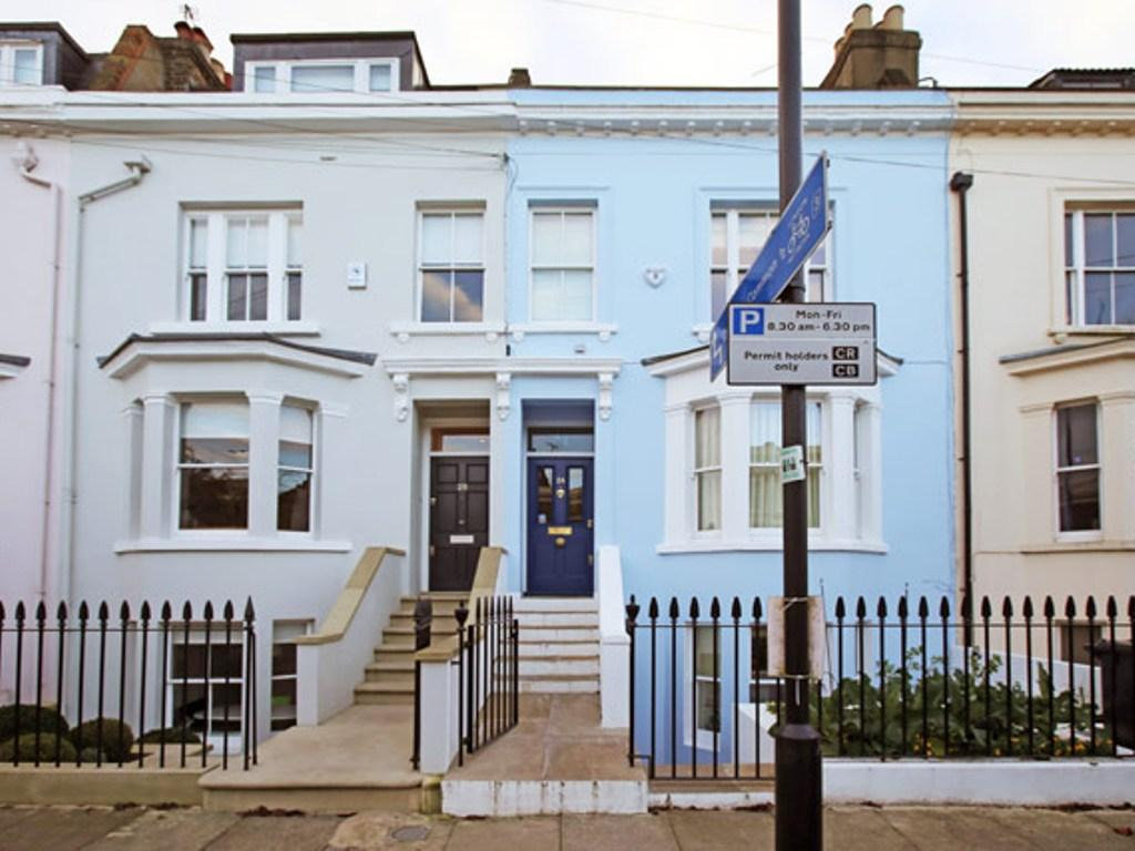 Veeve  4 Bed Family House On Broadhinton Rd Clapham