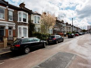 Veeve  2 Bed House On Leppoc Road Clapham