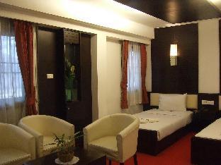 プールアン ホテル Phuluang Hotel