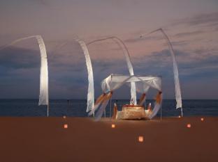 Grand Mirage Resort & Thalasso Bali Bali - Romantic Dinner