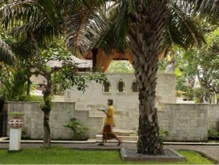 Griya Santrian a Beach Resort Bali - Persekitaran