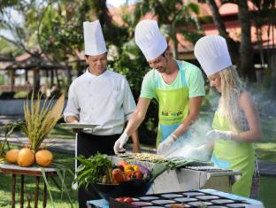Bali Tropic Resort and Spa Bali - Food and Beverages