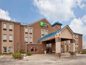 Holiday Inn Express Hotel Kansas City - Bonner Springs