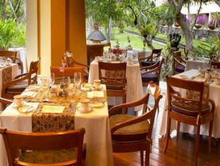 Nusa Dua Beach Hotel and Spa Bali - Restaurant