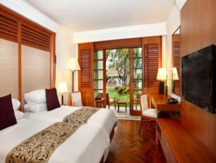 Nusa Dua Beach Hotel and Spa Bali - Guest Room