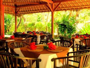 The Benoa Beach Front Villas Bali - Restaurang