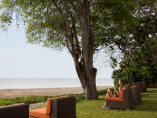 Hotel Santika Premiere Beach Resort Bali - Tuin