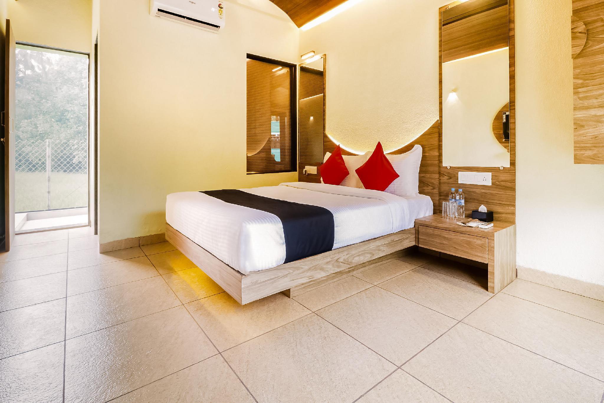 Capital O 47512 Eleven Petals Resort