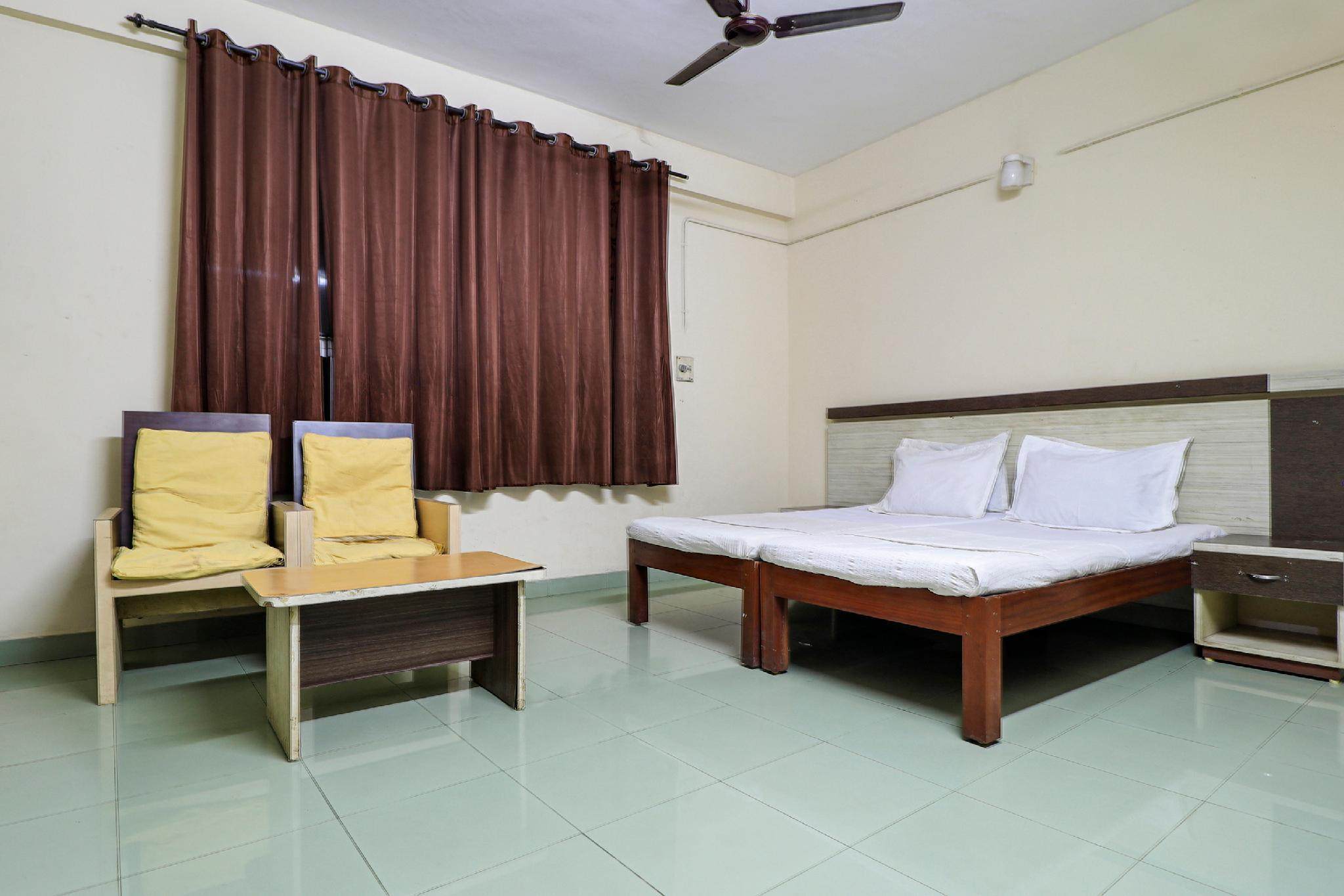 SPOT ON 60610 Malabar Tourist Home
