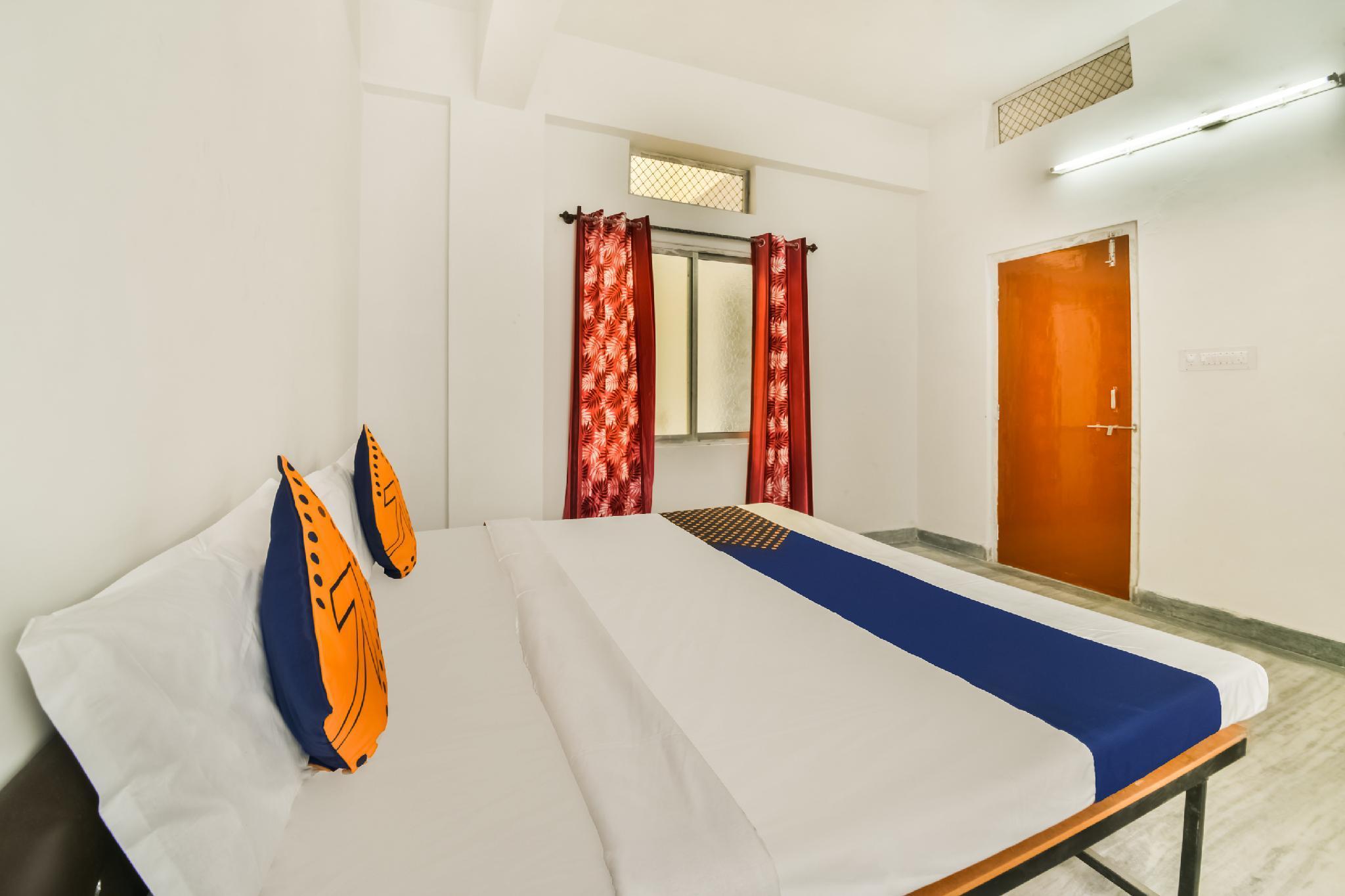 SPOT ON 49533 Srinath Bhavan