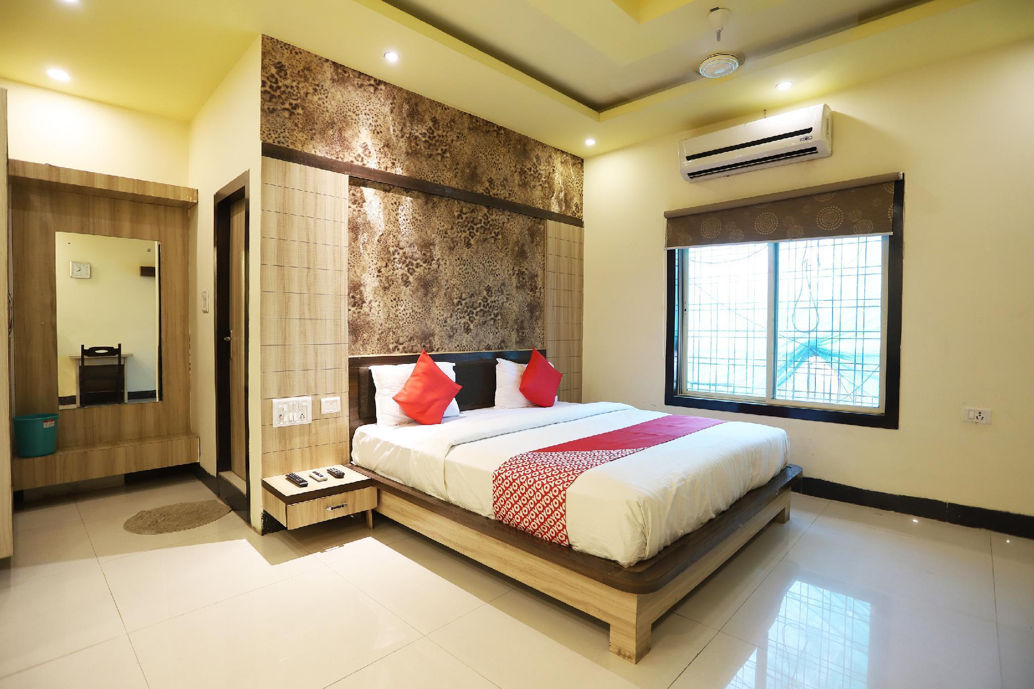 OYO 46604 Hotel Star