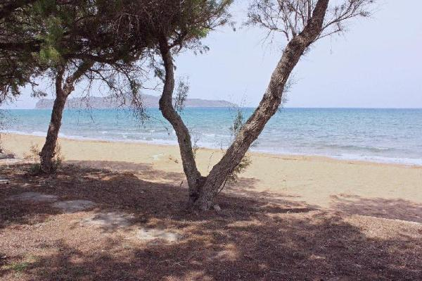 Seafront Luxury Flat, 10meters from beach! Crete Island