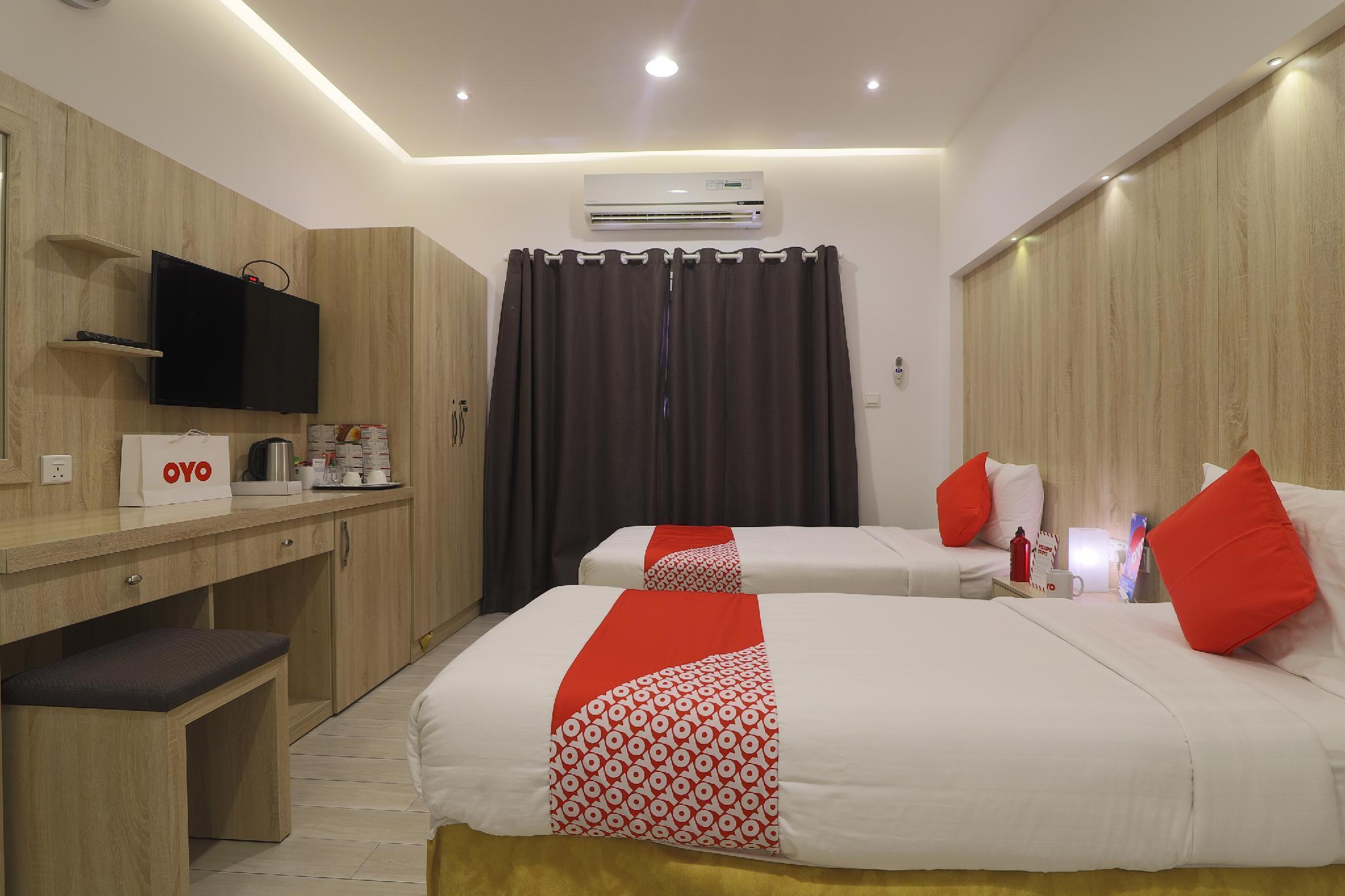 OYO 314 24 Gold Hotel
