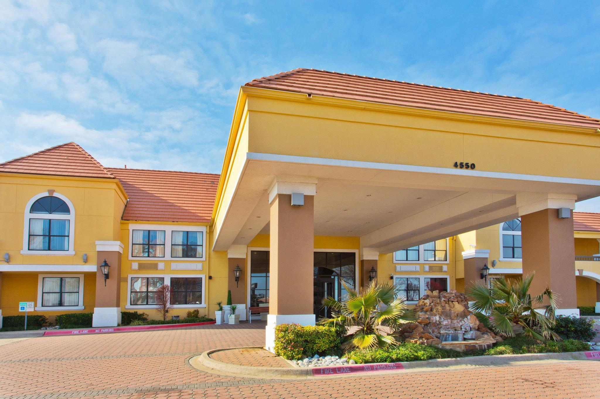 Holiday Inn Express Hotel And Suites Irving DFW Airport North