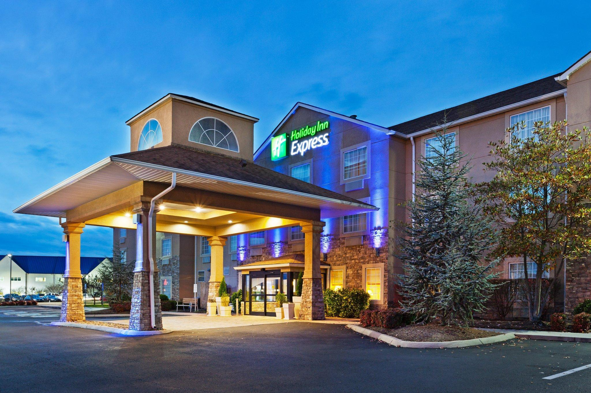 Holiday Inn Express Hotel And Suites Alcoa Knoxville Airport
