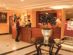 Travellers Suites Serviced Apartments Medan - रिसेप्शन