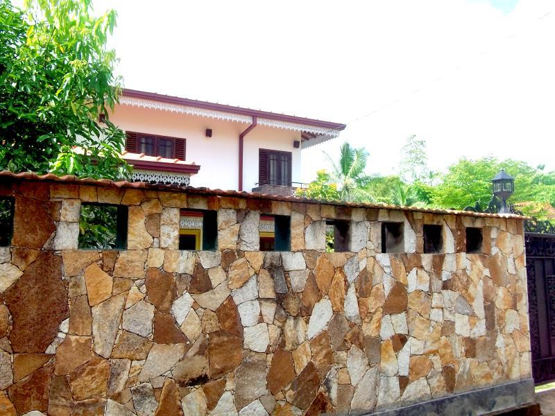Villa Nimsha