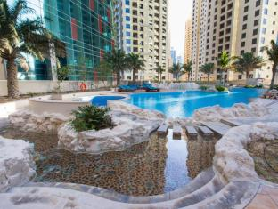 JA Oasis Beach Tower Apartments Dubai - Swimming Pool