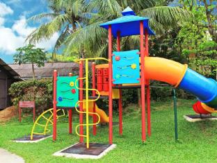 Rainbow Paradise Beach Resort Penang - Playground