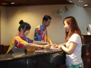 Rainbow Paradise Beach Resort Penang - Reception