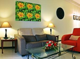 Rainbow Paradise Beach Resort Penang - Deluxe Family Suite (2 Bedroom Suite)