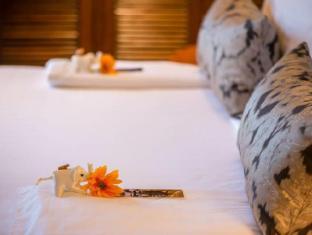 Chatrium Hotel Royal Lake Yangon Yangon - Turn Down Service