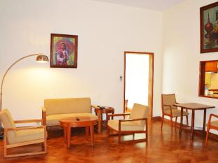 Inya Lake Hotel Yangon - One Bed Room Apartment
