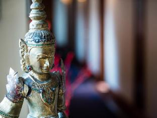 Savoy Hotel Yangon - Antique Art
