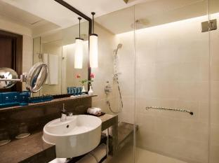 PARKROYAL Yangon Hotel Yangon - Bathroom