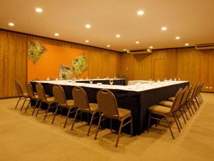 Bluewater Maribago Beach Resort Mactan Island - Meeting Room