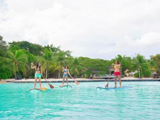 Plantation Bay Resort & Spa Mactan Island - Stand Up Paddle boarding