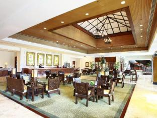 Waterfront Airport Hotel and Casino Mactan Mactan øy - Lobby