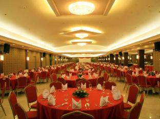 Grand Regal Hotel Davao Davao City - מתקני המלון