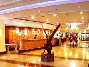 Grand Regal Hotel Davao Davao City - Vestíbul