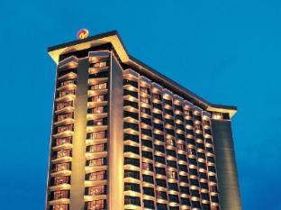 Century Park Hotel Manila - Hotel z zewnątrz